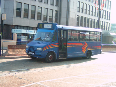 243 - N243PDL - Eastleigh (bus station) - 15.10.05