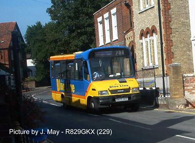 229 - R829GKX - Hamble (Hamble Lane) - Aug02