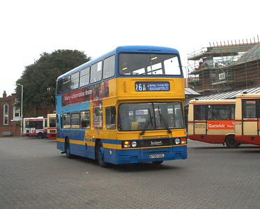 700 - A700DDL - Fareham (bus station) - 15.4.04