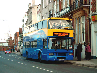 766 - M736BBP - Portsmouth (The Hard) - 8.4.06