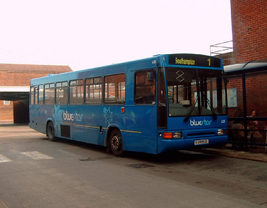 628 - K128BUD - Winchester (bus station) - 25.2.06