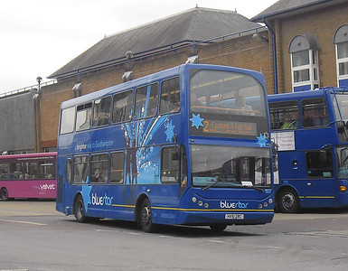 1802 - HX51ZRC - Eastleigh (bus station) - 31.3.12