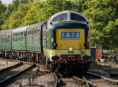 D9002 'The King's Own Yorkshire Light Infantry' at Horsted Keynes