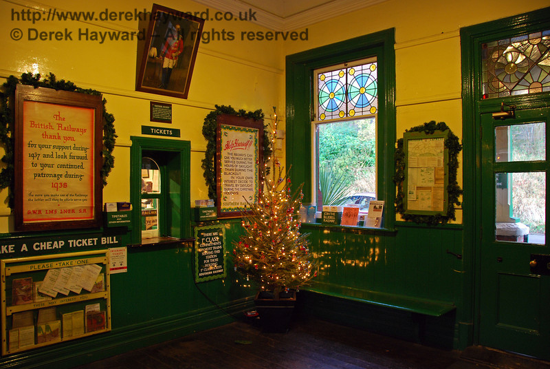The Christmas tree in the booking hall at Horsted Keynes. 07.12.2008