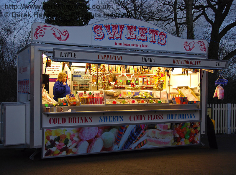 The sweet stall at Sheffield Park was popular. 06.12.2008