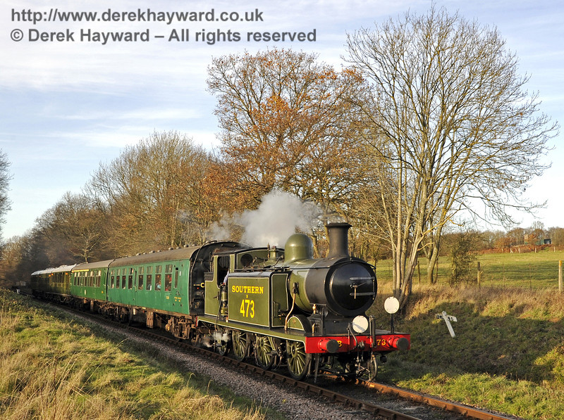 B473 steams south from Ketches Halt with a Santa Special.  10.12.2011  3261
