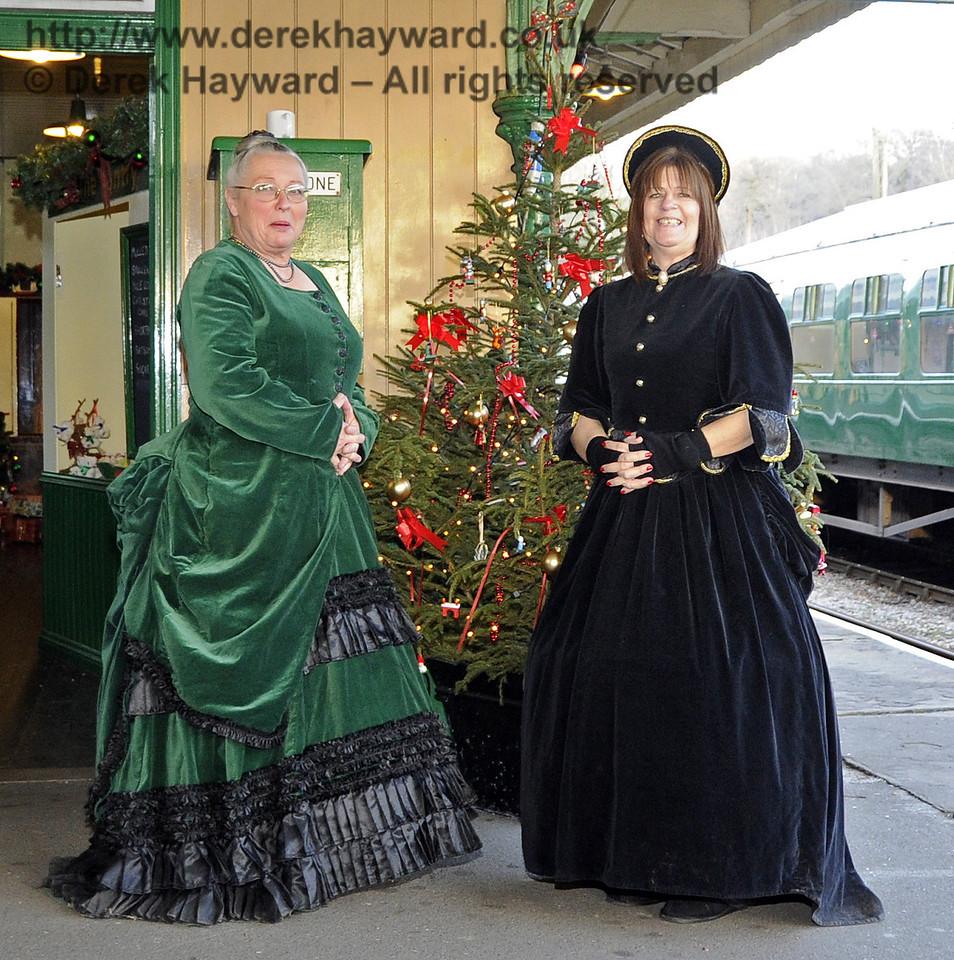 Bluebell Railway Santa Celebrations at Horsted Keynes. 08.12.2012  5957