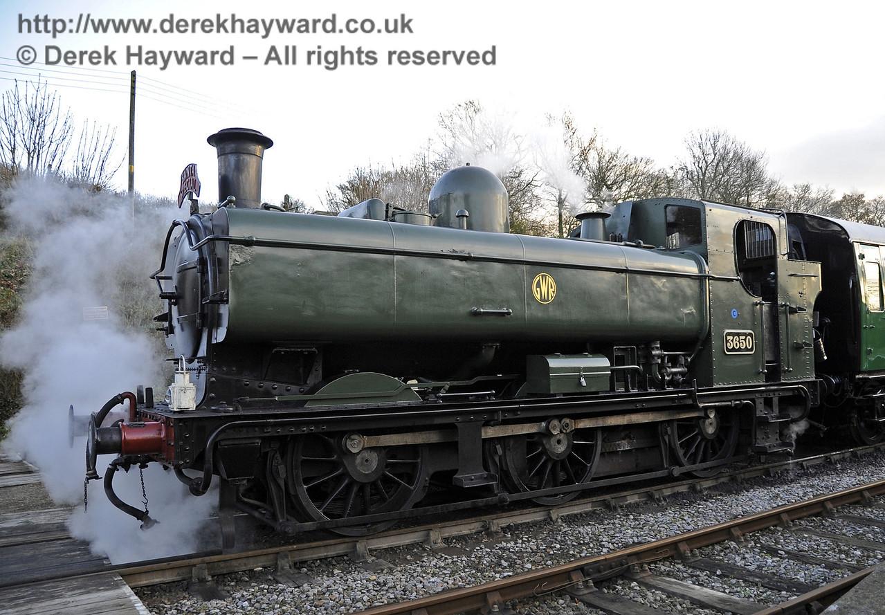Bluebell Railway Santa Celebrations at Horsted Keynes. 08.12.2012  5962