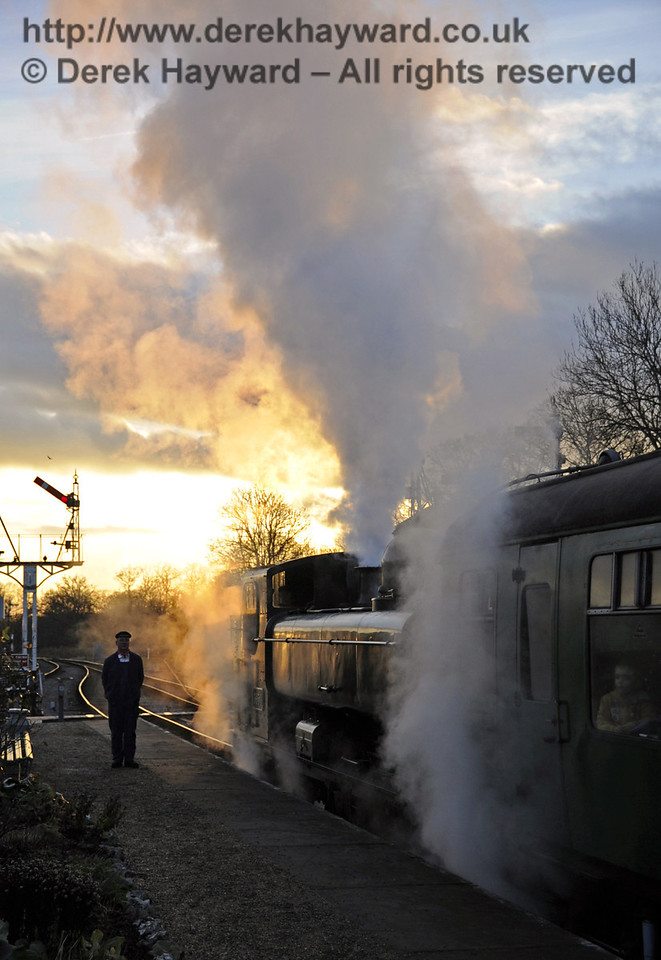 Bluebell Railway Santa Celebrations at Horsted Keynes. 08.12.2012  5998