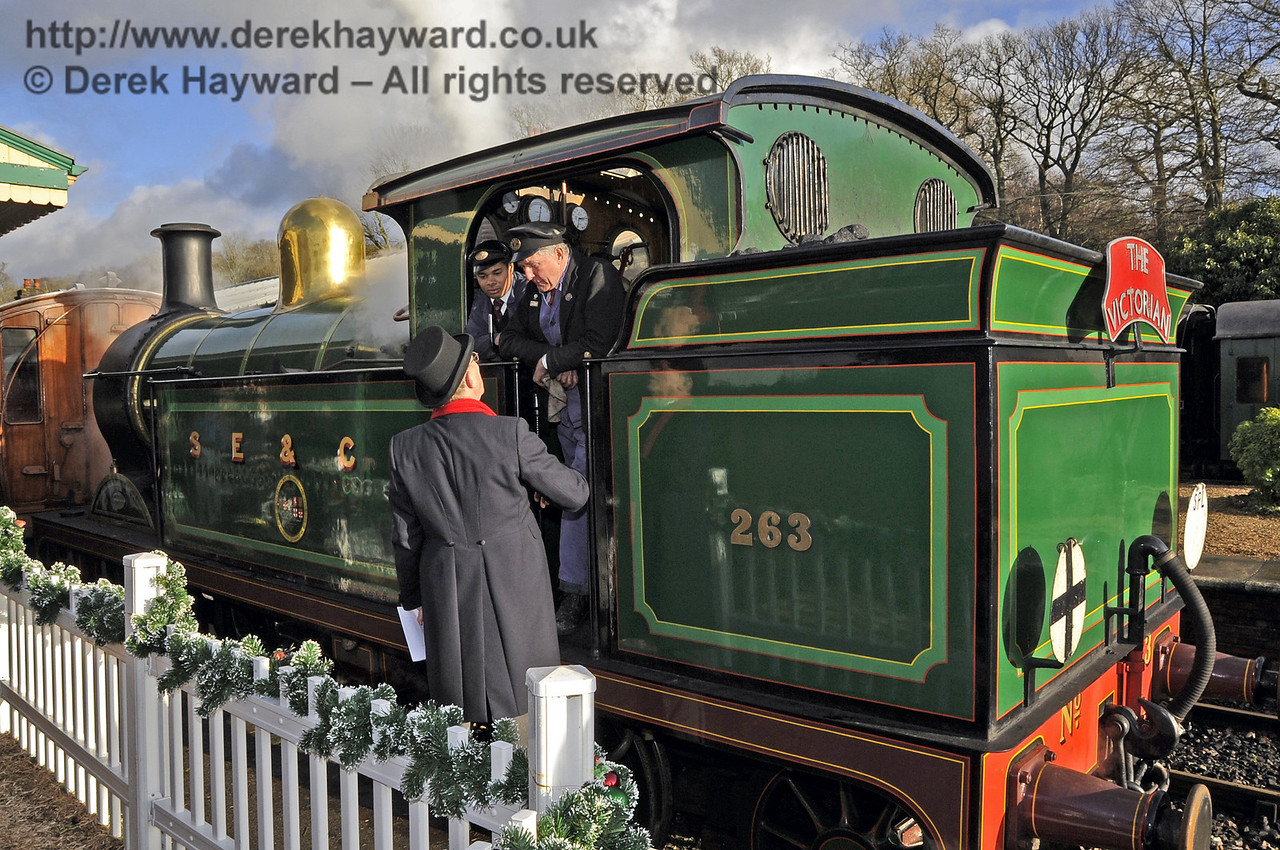 Bluebell Railway VIctorian Christmas Celebrations at Horsted Keynes. 21.12.2012  6029