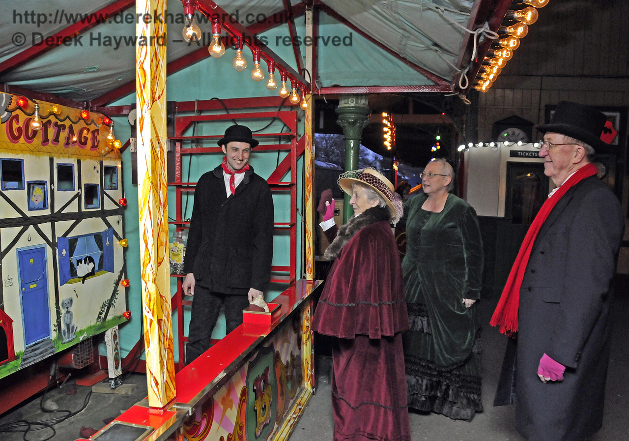 Victorian Christmas, Horsted Keynes, 20.12 2013  9946