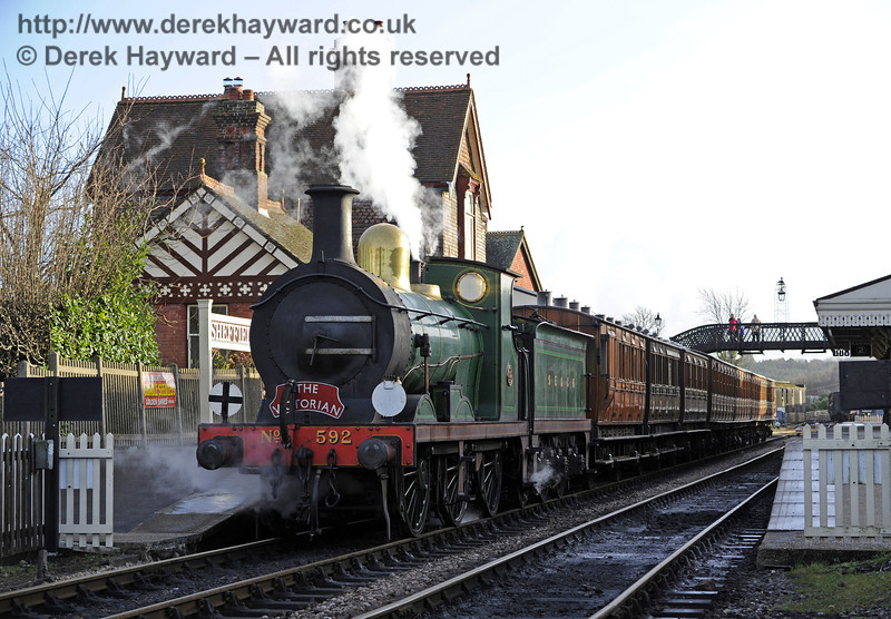 592 waits at Sheffield Park with the Victorian Christmas train.  20.12.2013  8576