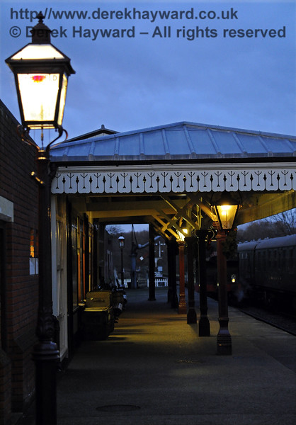 Christmas at the Bluebell Railway.  Sheffield Park  20.12.2014  10337