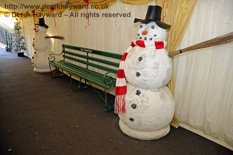 Christmas at the Bluebell Railway.   East Grinstead 13.12.2014  11766