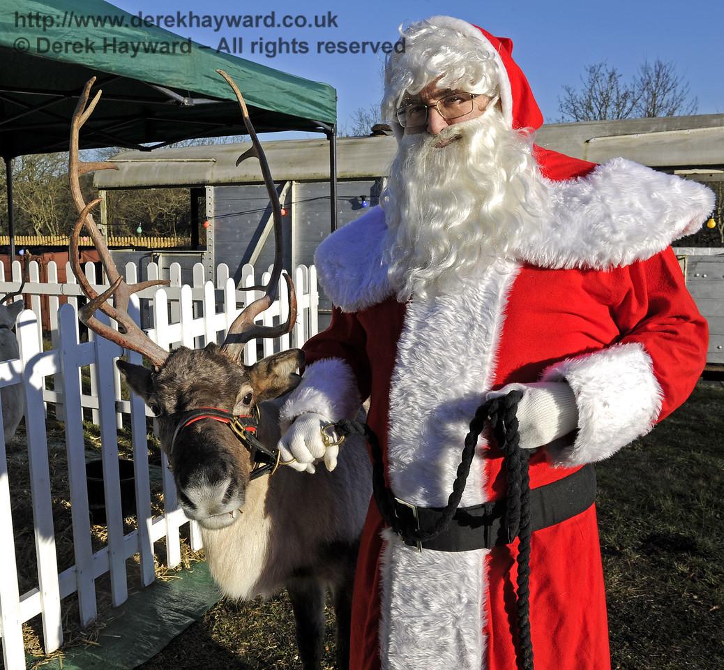 Christmas at the Bluebell Railway.  Kingscote 13.12.2014  10190