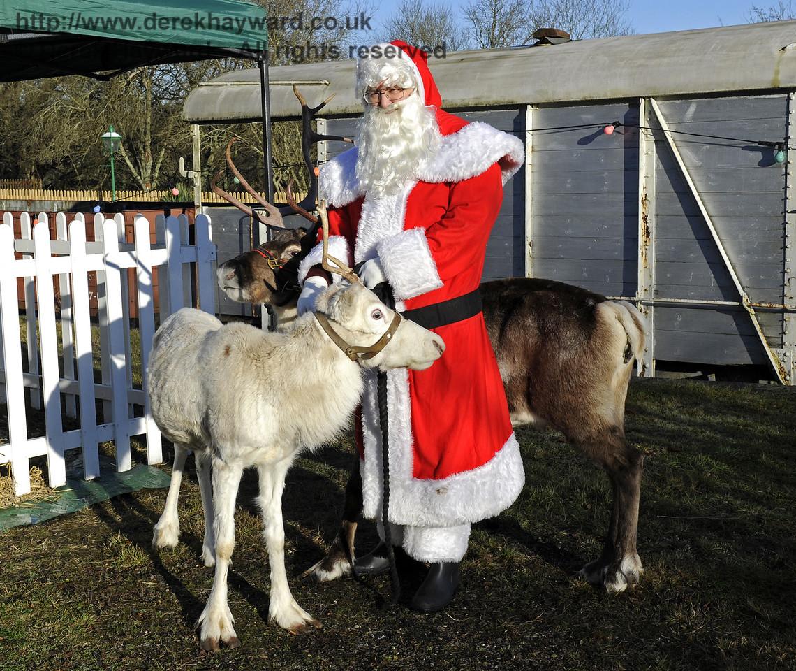 Christmas at the Bluebell Railway.  Kingscote 13.12.2014  10186