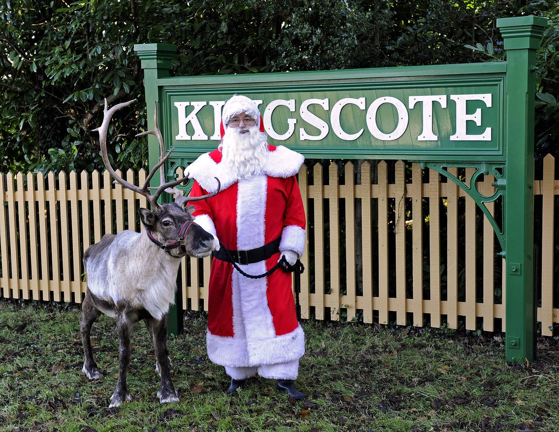 Christmas at the Bluebell Railway.  Kingscote 13.12.2014  10177