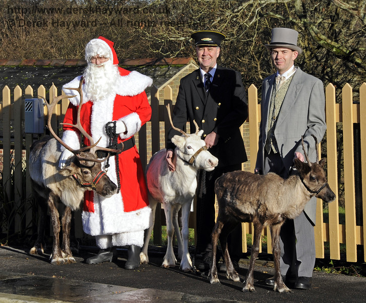 Christmas at the Bluebell Railway.  Kingscote 13.12.2014  11754