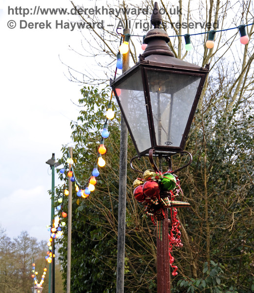 Christmas at the Bluebell Railway.  Sheffield Park 03.12.2014  11725
