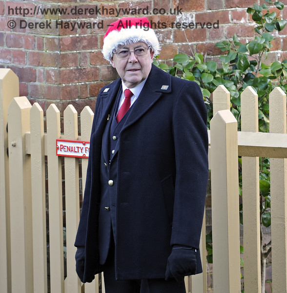 Christmas at the Bluebell Railway.  Kingscote 13.12.2014  10215