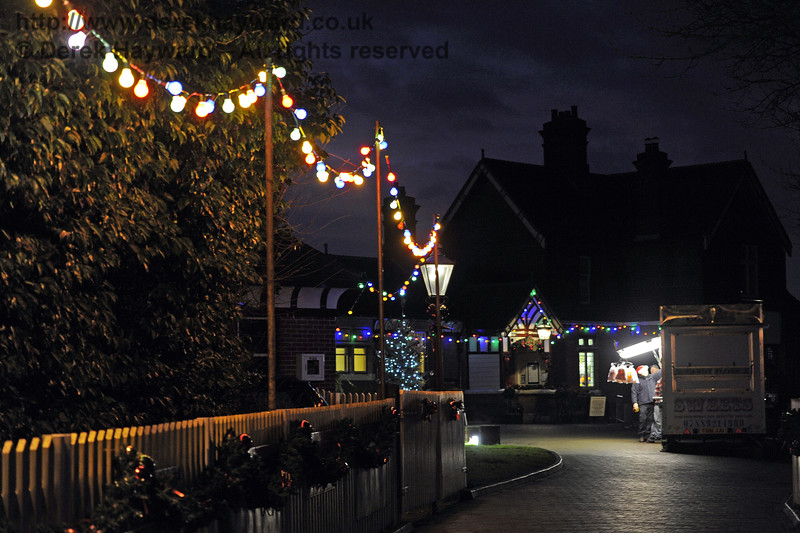 Christmas at the Bluebell Railway.  Sheffield Park  20.12.2014  10362