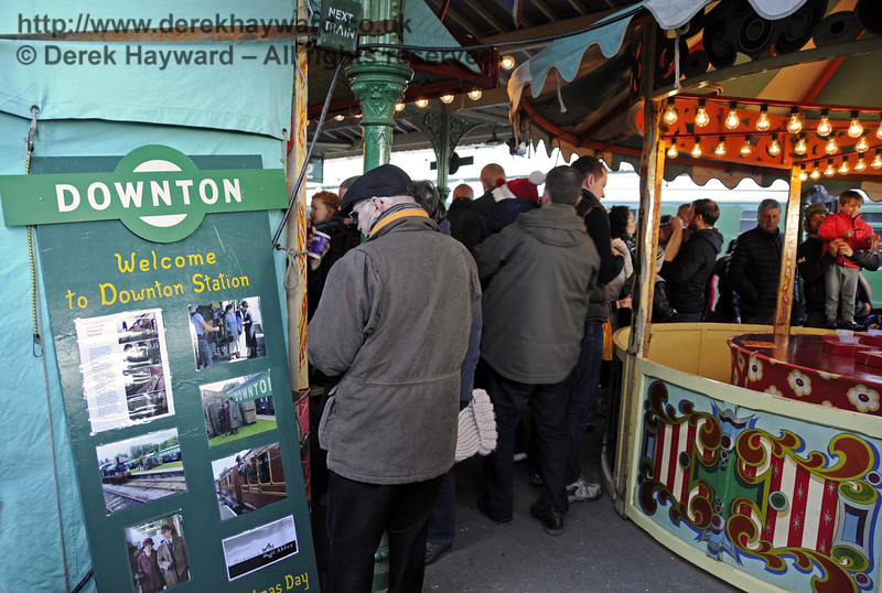 Christmas at the Bluebell Railway.  Horsted Keynes  20.12.2014  11855