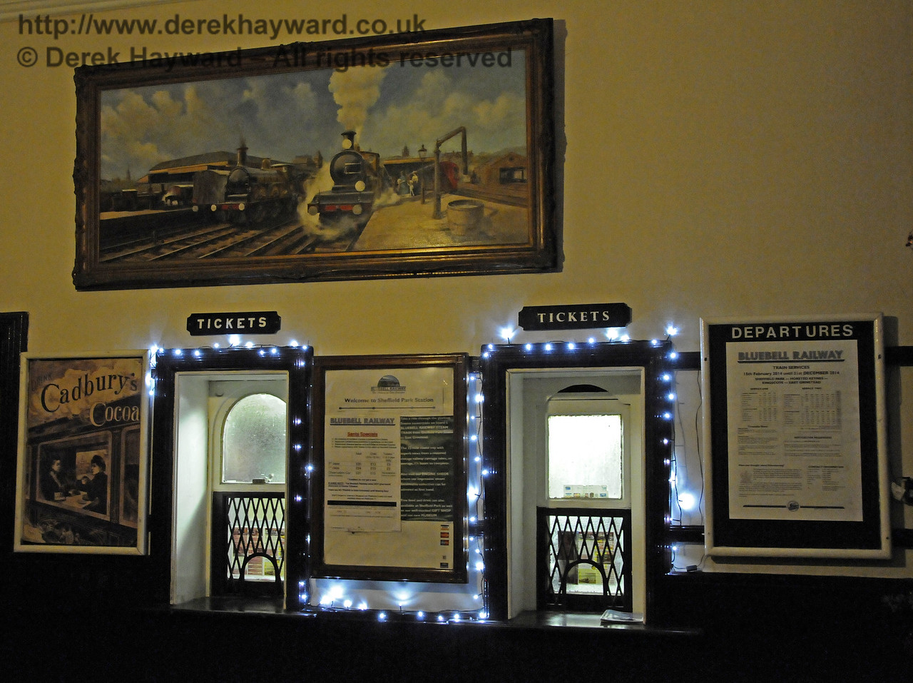 Christmas at the Bluebell Railway.  Sheffield Park  20.12.2014  11902