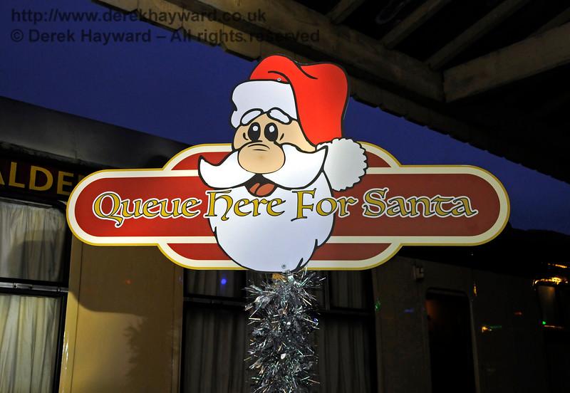 Santa HK 181216 16944 E