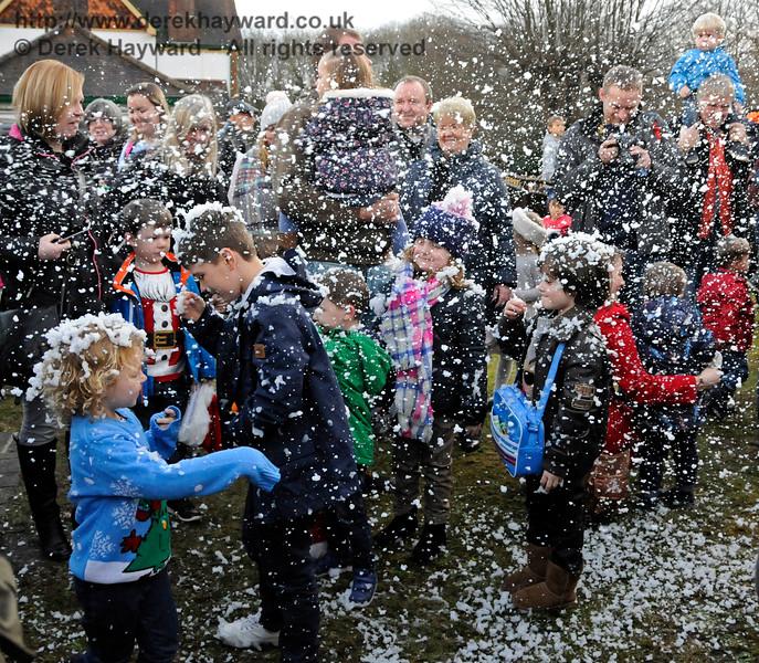 Santa snowstorm KC 112116 16779 E