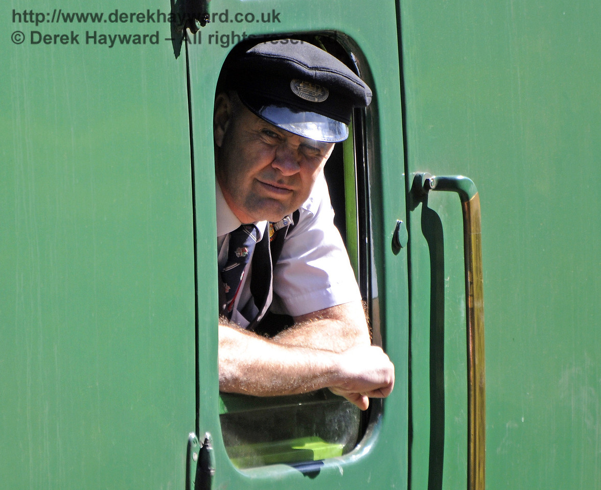 The onerous responsibility of being the Guard on the service train hauled by 92212.  06.04.2012  7740