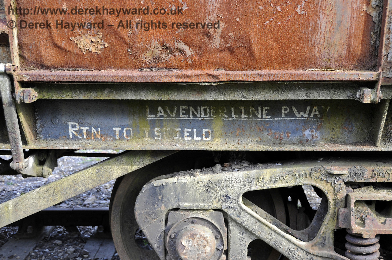 Hello, is anything missing from the Lavender Line?  Horsted Keynes 15.09.2012  5738
