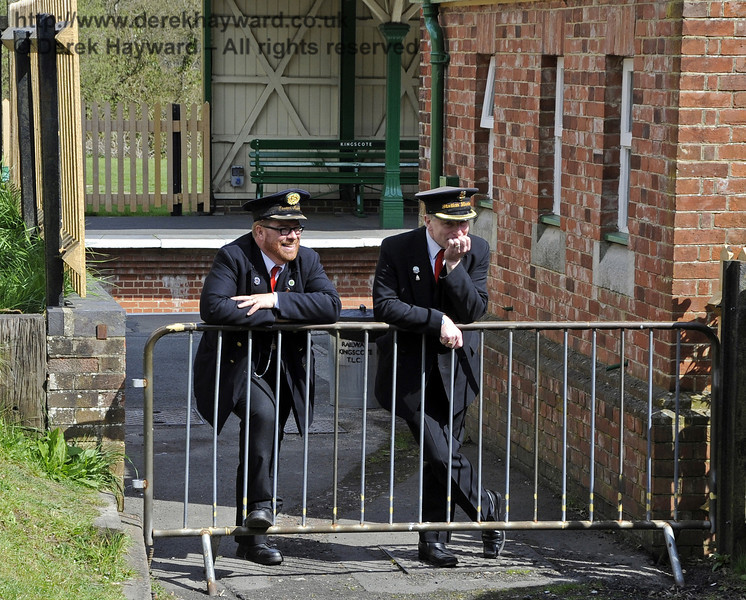 The pressure on Station Masters at Kingscote is so great that sometimes you just have to lean on a barrier.  15.04.2012  4404