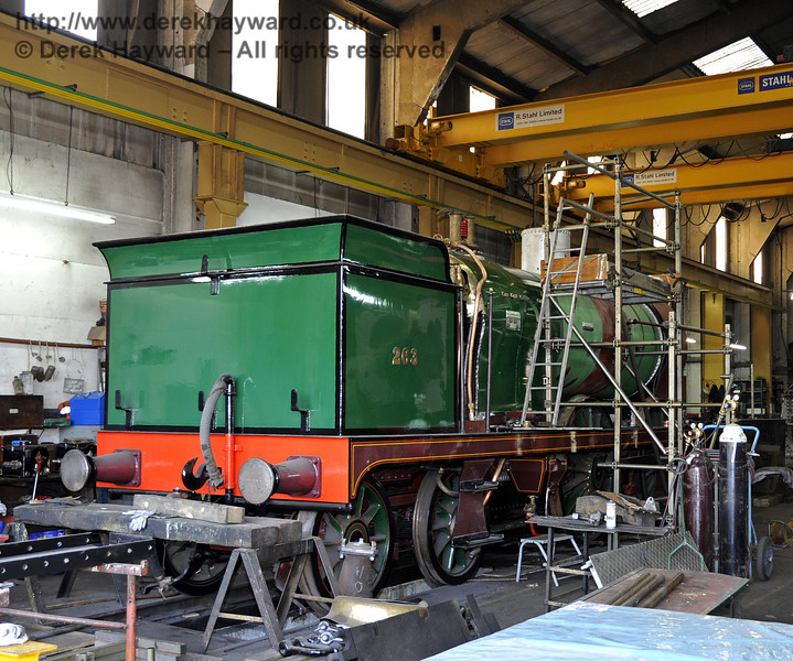 A glimpse of 263 under overhaul in Sheffield Park Workshops.  10.03.2012  3726