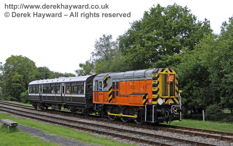09018 hauls the Observation Car south from Kingscote whilst on private charter.  01.09.2013  9734