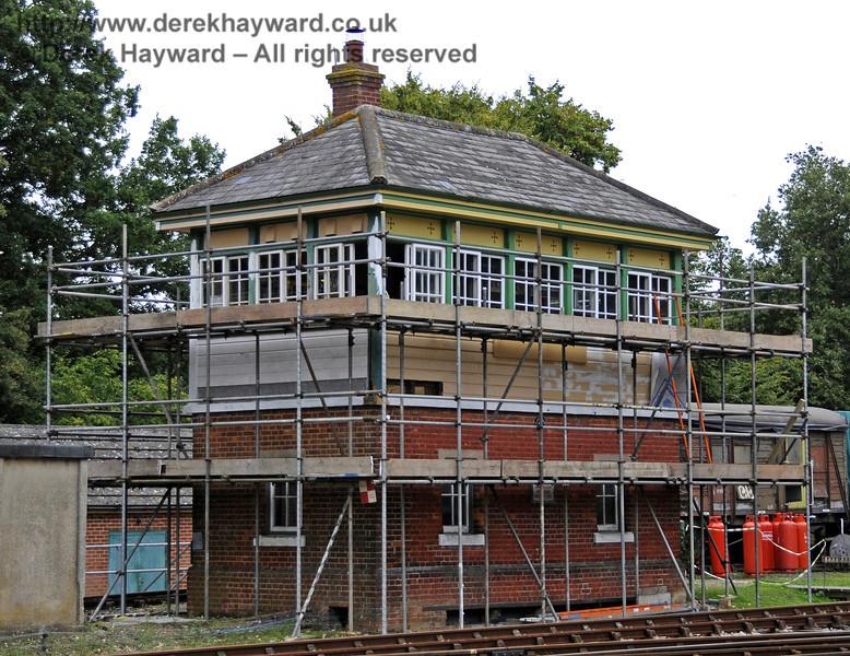 Horsted Keynes Signal Box under refurbishment.  22.09.2013  9753