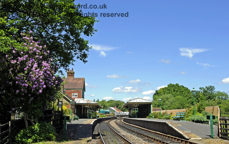 A quiet country station; Kingscote in June.  08.06.2014  10634