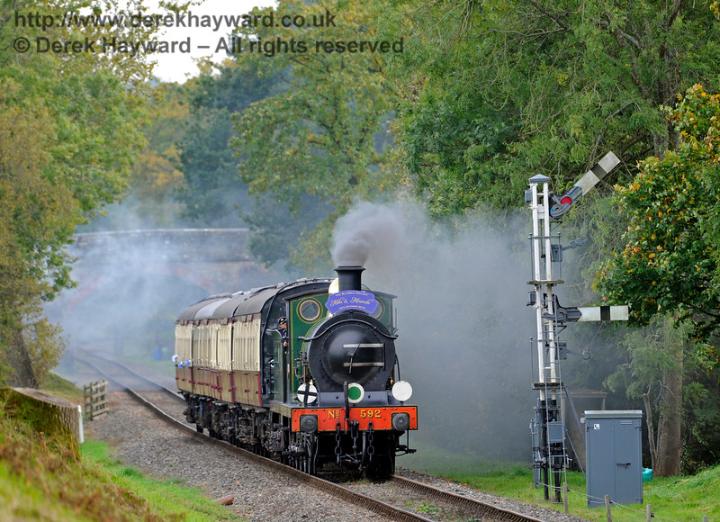 592 approaches the Kingscote Home signals with a Wedding Special. 10.10.2015  12191
