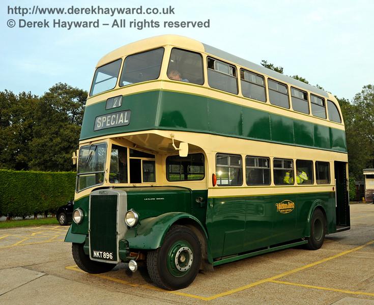 Bus Running Day. Sheffield Park 04.10.2015   13829