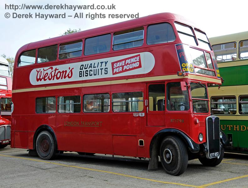Bus Running Day. Sheffield Park 04.10.2015   13809
