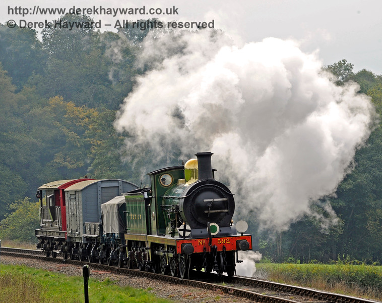 592 approaches New Road Bridge with a goods train.  10.10.2015  12127