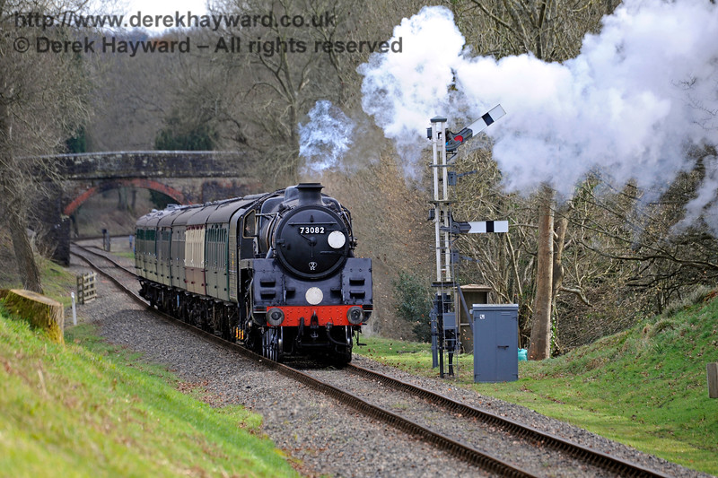 73082 passes the Kingscote Up Home signals.  28.02.2016  12665
