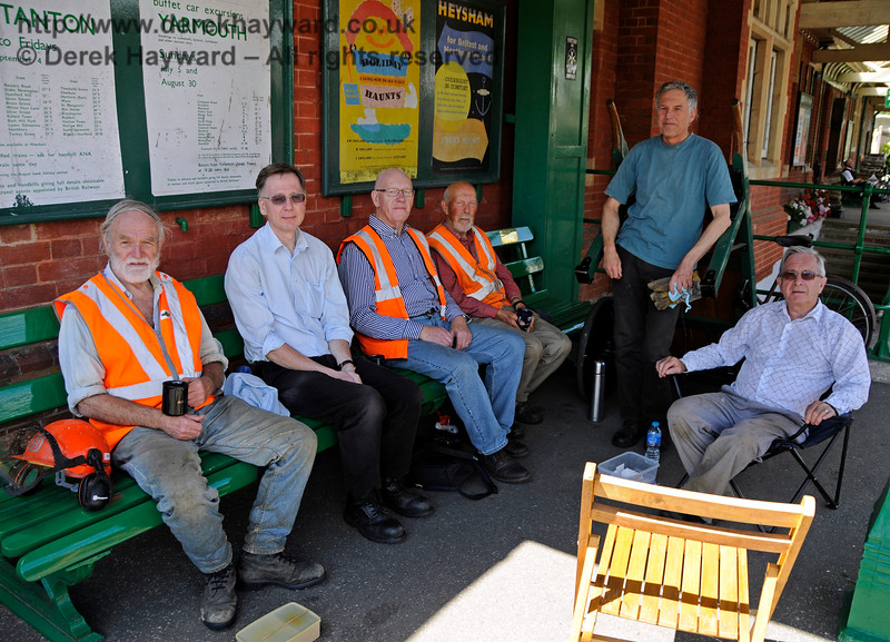 The Friends of Kingscote taking a brief lunch break.  These gentlemen keep Kingscote Station and the nearby lineside in excellent condition.  06.08.201515898