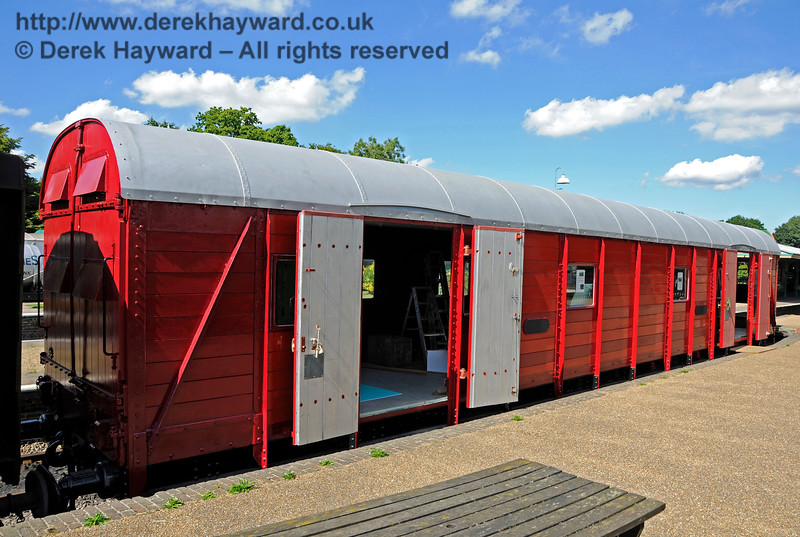 The Elephant Van at Horsted Keynes.  The van is currently in undercoat, hence the variations in the red colouring.  26.08.2016  16287