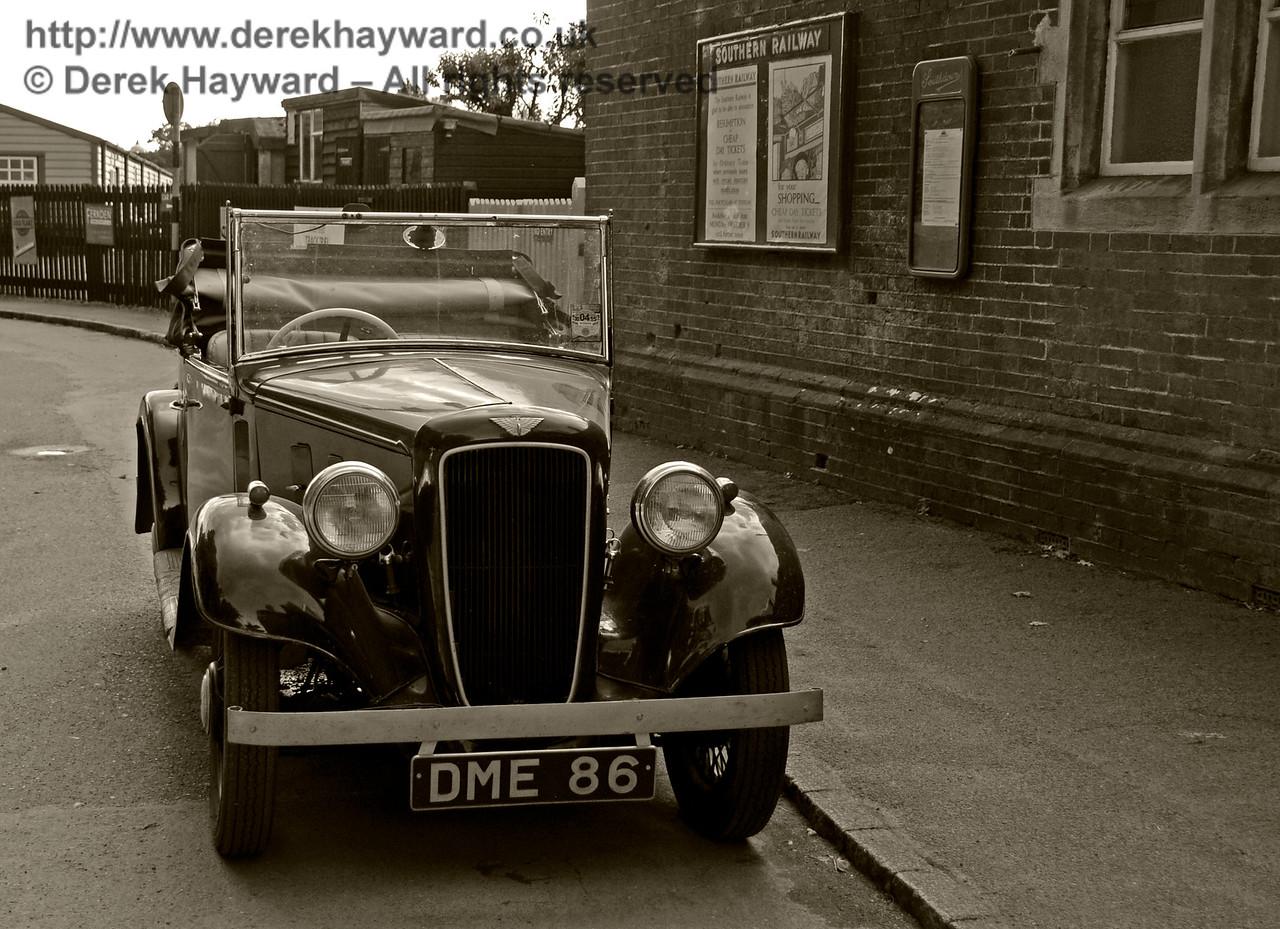 Vintage Car HK 021016 16450 E BW