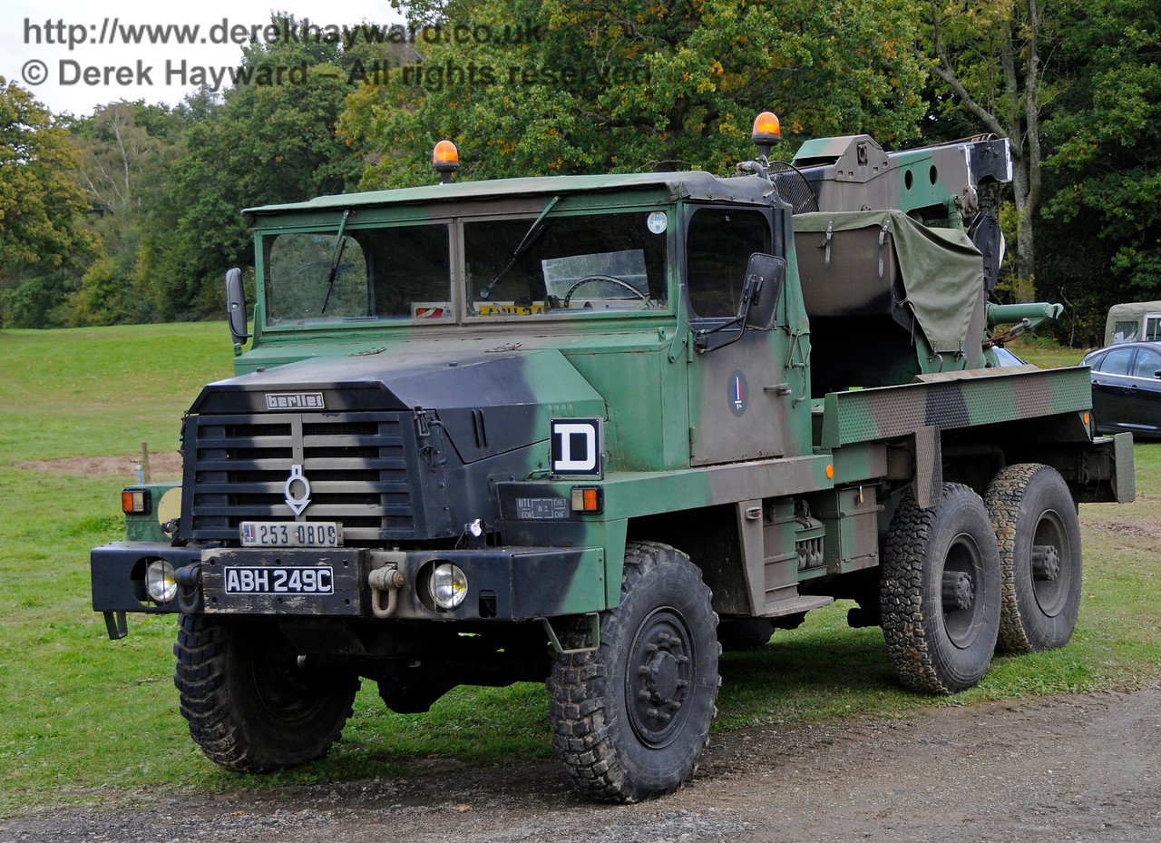 A display of heavy haul vehicles at Horsted Keynes.   16.10.2016  16464