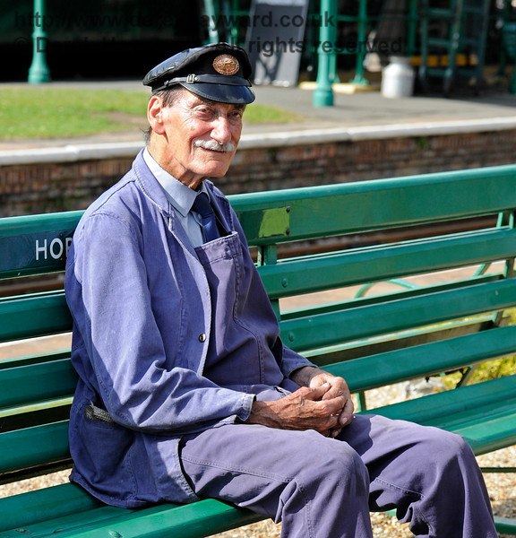 Clive Groome taking a break at Horsted Keynes. 06.08.2017 15892/2