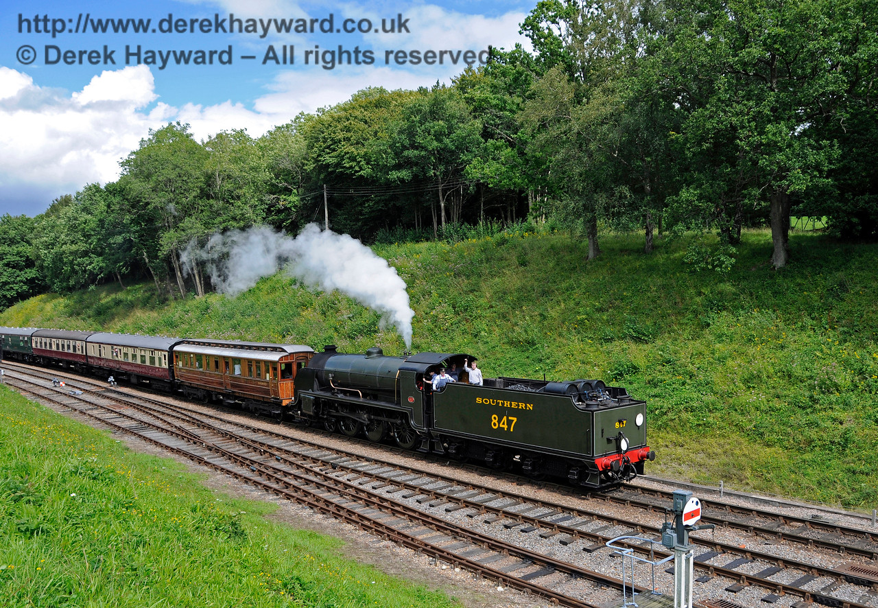 847 returns to Horsted Keynes with a service train. 19.08.2017 17663