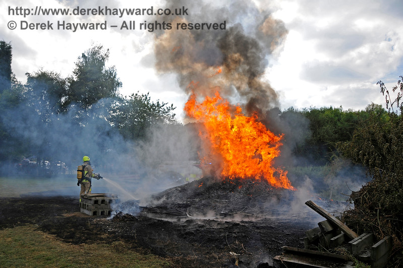 Fire West Hoathly 14.24 27.08.2017 17768