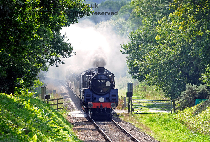 73082 passes over Dean's Crossing. 27.08.2017 16015