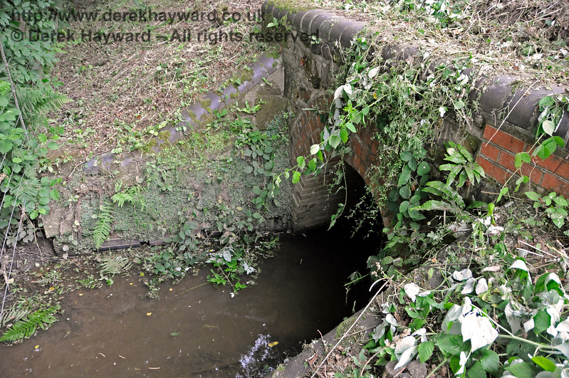 A large culvert near Mill Place Bridge, taking water to the Weir Wood Reservoir.  15.07.2017 17556